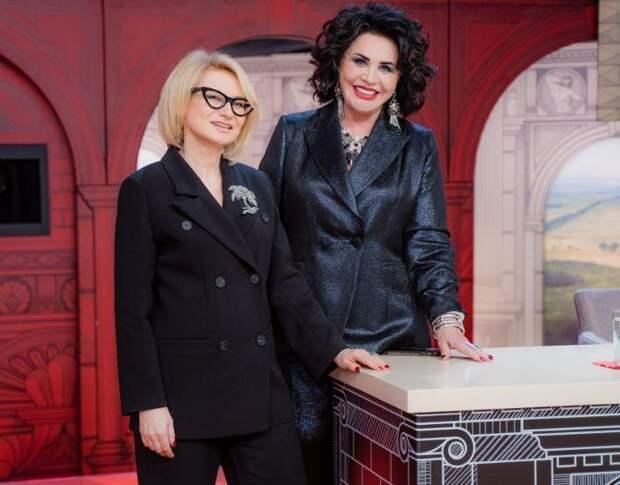 Циркачи, бывшая героиня шоу и вражда сестер: кто придет в «Модный приговор» на этой неделе