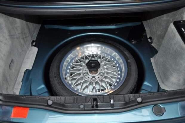 BMW 840Ci Individual E31 в превосходном состоянии продается в Голландии