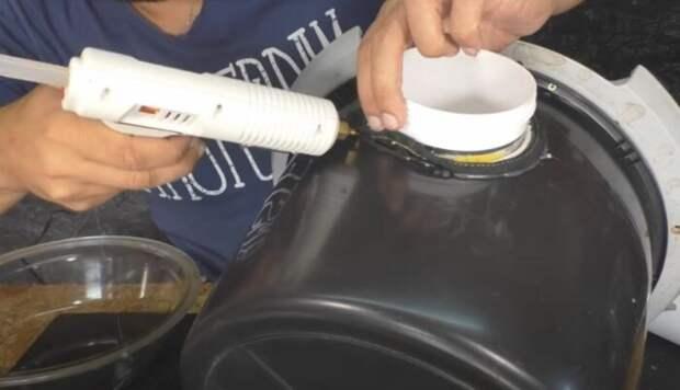 Полезное приспособление, которые можно сделать из люка старой стиральной машины