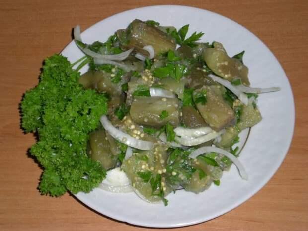 Закуска к мясным блюдам: быстрые маринованные баклажаны