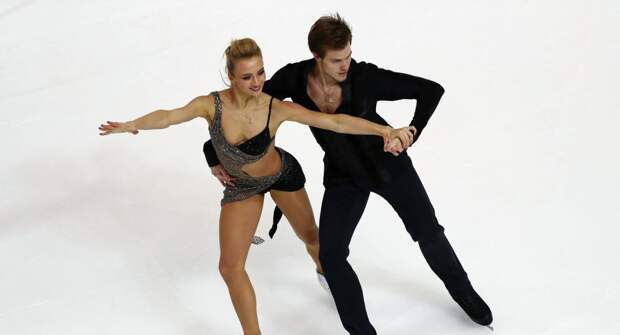 Синицина и Кацалапов с большим запасом выиграли произвольный танец. Отрыв от США тоже увеличился