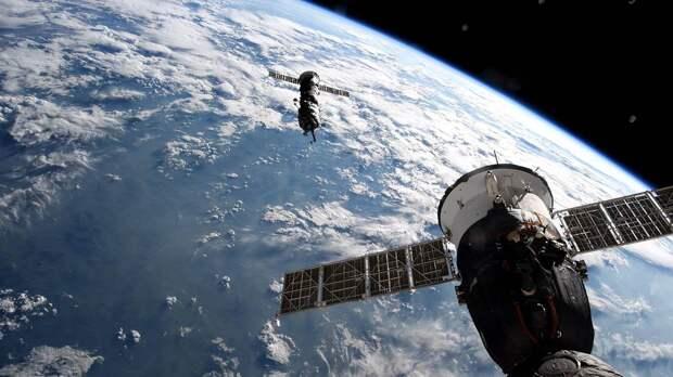 Космонавты провели видеоэкскурсию по модулю МКС «Наука»