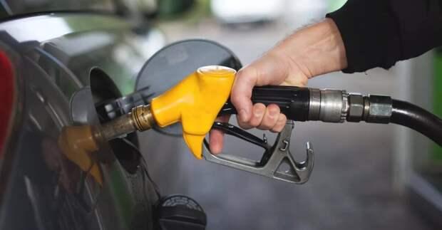 Бензин и разводки: 7 типов обмана на АЗС