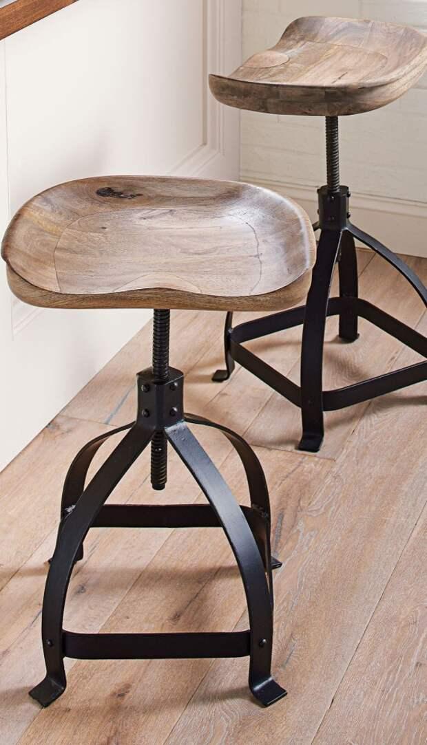 Необычные стулья трафик