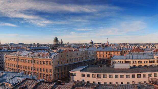 Движение транспорта ограничат на пяти улицах Петербурга