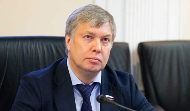 """Ульяновскую область возглавил слушатель """"школы губернаторов"""""""