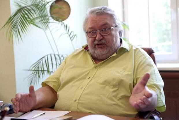 Хазанов возглавил тройку самых «доходчивых» худруков театров Москвы