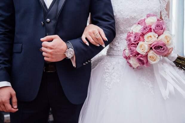 В МФЦ на Бутырской стала доступна услуга заключения брака