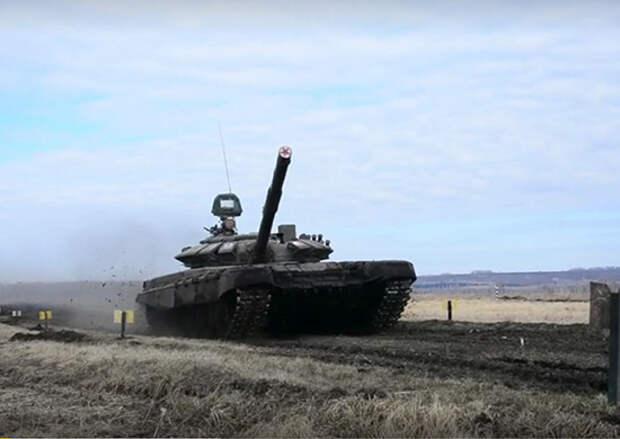 Более 1,5 тыс. мотострелков в Сибири провели боевые стрельбы в рамках контрольной поверки
