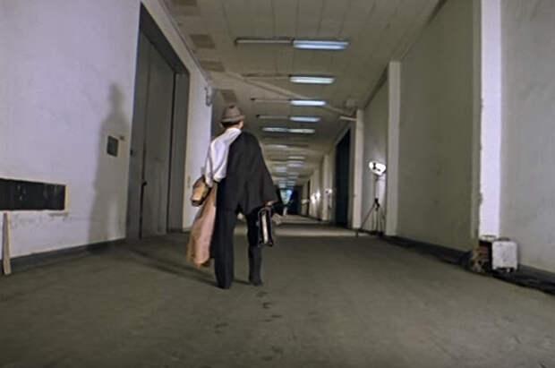 Эту вереницу коридоров снимали в телецентре «Останкино».