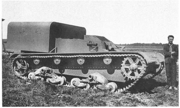 На фото – транспортер пехоты ТР-1, 1933 год. военная техника, военное, история, много букв, танки, танки СССР, техника, факты