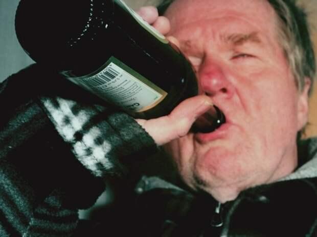 Ученые из США научились определять алкоголиков по группе крови