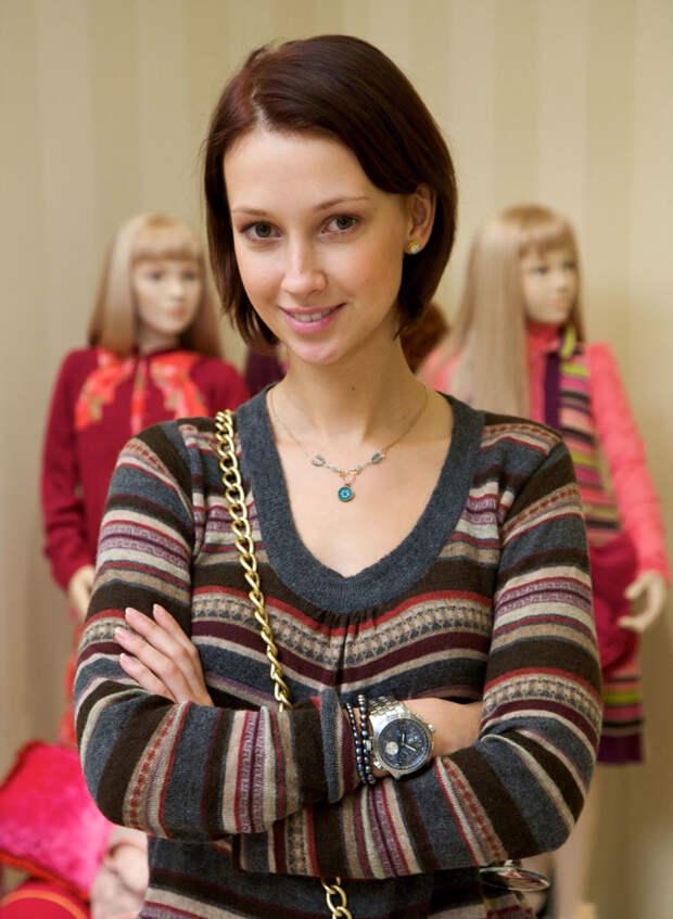 Анастасия Цветаева звёзды, россия, уехали из страны