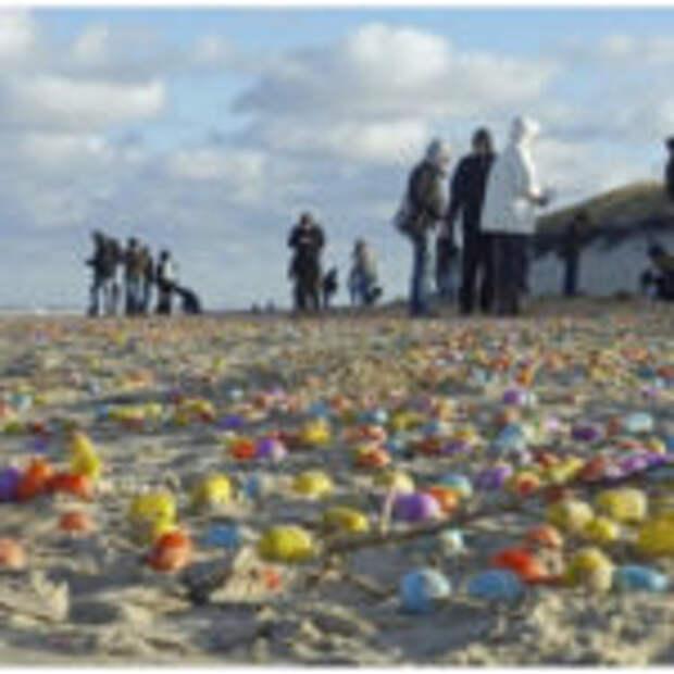 Побережье острова Лангеоог засыпало игрушками из киндер-сюрпризов