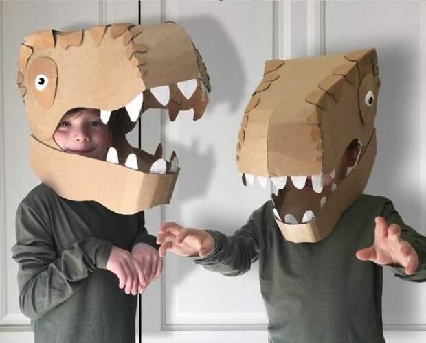 Дешево икреативно: рукодельница мастерит костюмы изкартона
