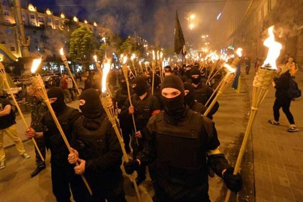 Сергей Аксенов: нацистские шабаши разрушают государственность Украины