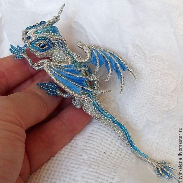 Невероятно красивые броши в виде маленьких сказочных драконов ручной работы