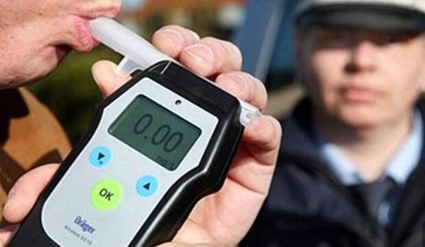 Жителя Тверской области дважды поймали пьяным за рулем в период майских праздников