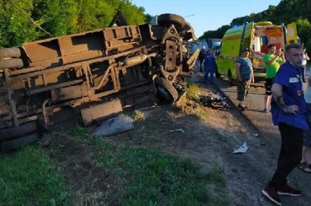 В Тульской области произошло смертельное ДТП с участием маршрутного такси