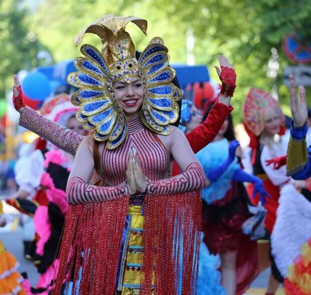 В Геленджике летний сезон хотят открыть карнавалом
