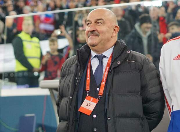ВАРГА: Не только Миранчуки с Чаловым неудачно играли за сборную, и Роналду иногда не самый лучший. Черчесов не ангел, но у него хорошее сердце