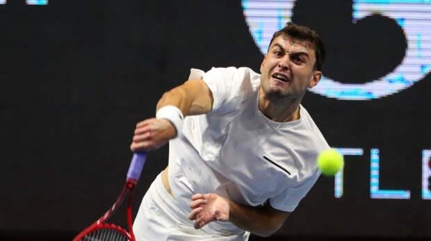 Карацев в двух сетах обыграл Медведева и вышел в третий круг турнира ATP в Риме