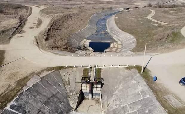 Украина готова пустить воду в Крым, если ее попросят международные организации