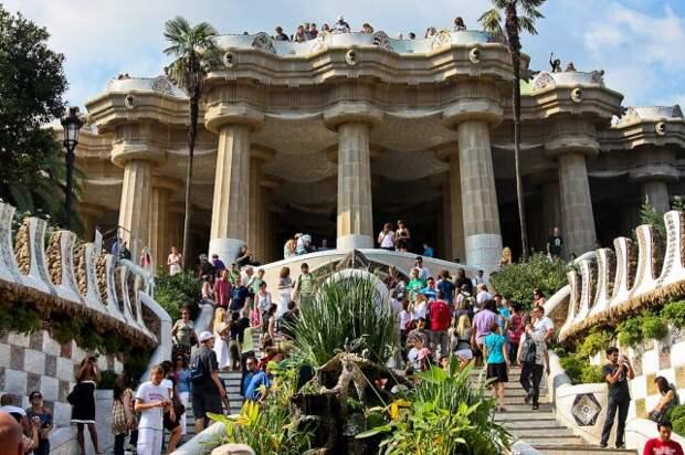 Что больше всего раздражает туристов в Барселоне?