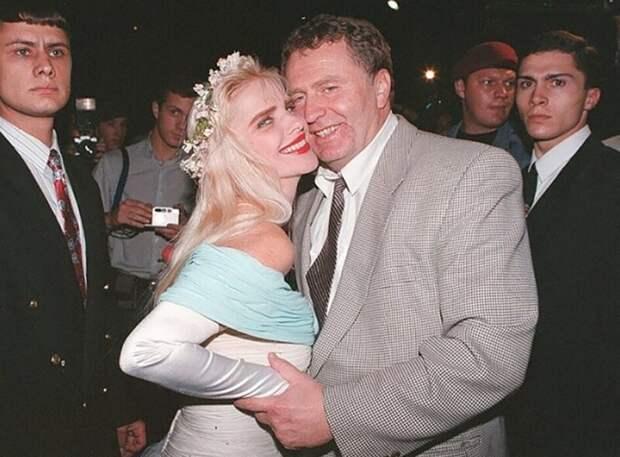 "Владимир Жириновский и порнозвезда ""Чиччолина"" (Илона Шталлер), на тот момент член парламента Италии. Москва 1995 год."