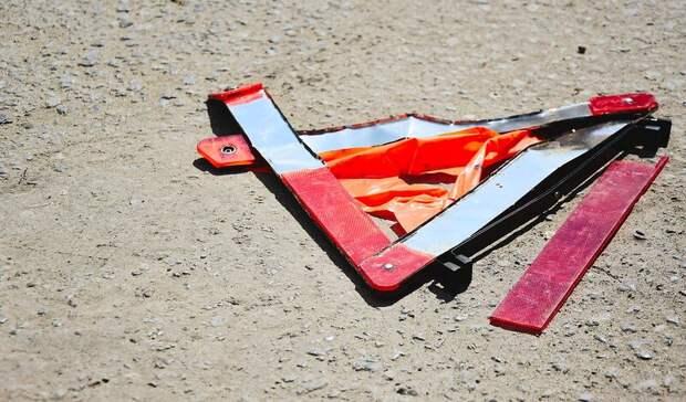 Появились жуткие кадры сместа ДТП вКарелии, где насмерть разбились два человека