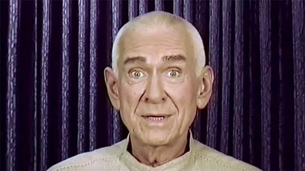 Невероятно убедительный Маршалл Эпплуайт – лидер секты «Небесные врата»