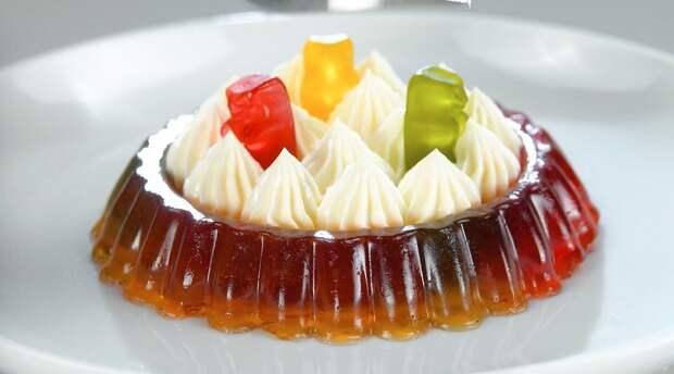 Красивые десерты из жевательного мармелада: все очень просто
