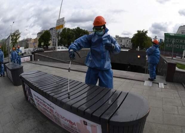 В России за сутки коронавирусом заразились менее 9 тысяч человек