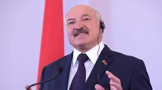 """""""Белоруссия не Россия"""": Лукашенко отказался становиться на колени"""