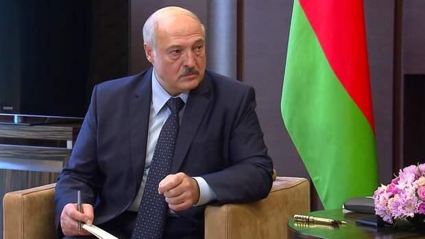 От нагнетаний до терроризма: Лукашенко оставил 80 силовиков без погон
