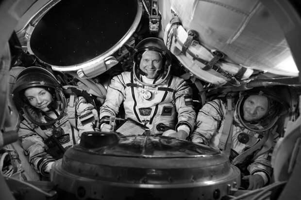 Цена снимаемого в космосе «Вызова» - поломанные судьбы и задвинутые программы?