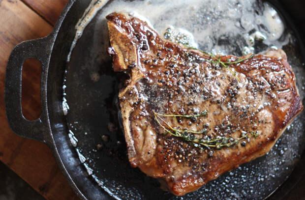 Как приготовить на сковороде стейк не хуже ресторанного