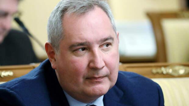 """Рогозин сообщил о сокращении зарплат менеджмента """"Роскосмоса"""" на 20%"""