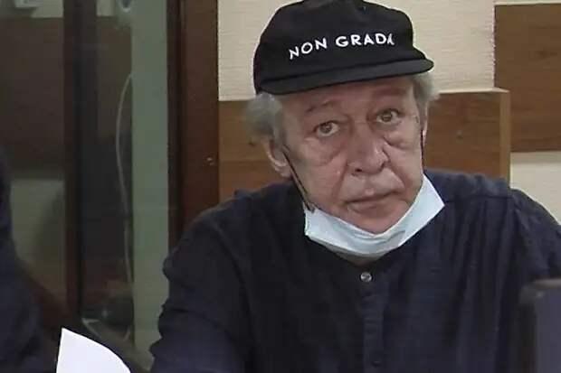 Охлобыстин рассказал об «инсценированном суициде» Ефремова