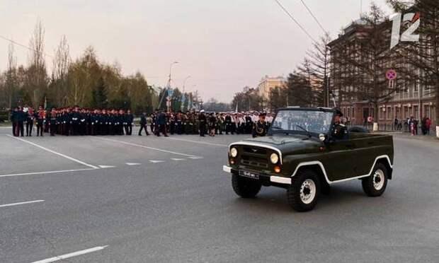 В Омске состоялась генеральная репетиция парада ко Дню Победы