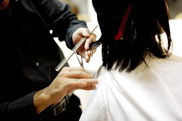 В Крыму 14-летняя девочка сбежала из дома, чтобы сходить в салон красоты