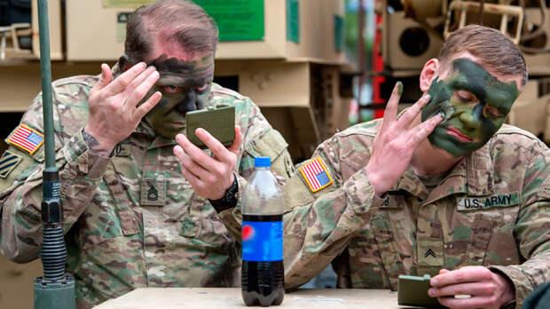 Где-то хихикают Петров и Боширов. Солдат НАТО бьют в Прибалтике