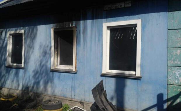 Многодетная семья спаслась из горящего дома в Купино