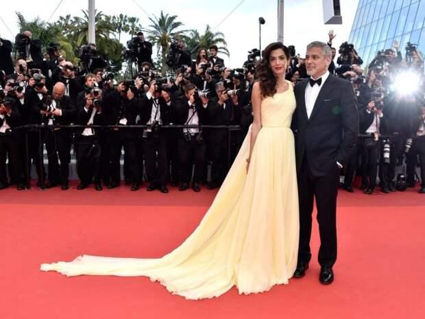 10 вечерних выходов Амаль Клуни, от которых захватывает дух