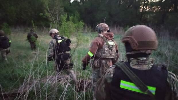 Расстрелявшего семью мужчину разыскивает спецназ Росгвардии Пензы