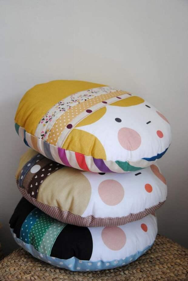 Подушки с аппликациями - некоторые очень креативные!