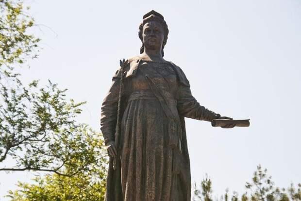 Екатерине II Великой. Памятник в Севастополе
