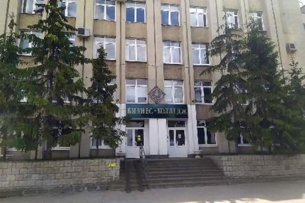 В Тамбовском бизнес-колледже до сих пор нет профессиональной охраны
