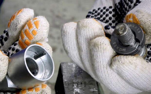 Пытаемся восстановить резьбу на колесных шпильках: два дубля, и оба провальные