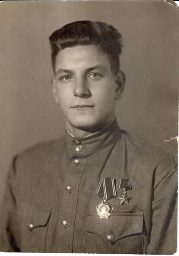 Герой Советского Союза Коростелев Петр Иванович